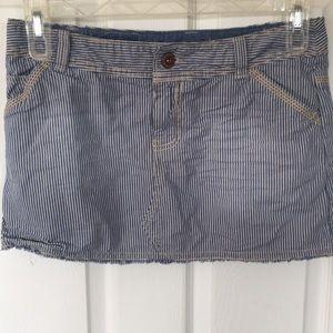 American Eagle | Women's denim skirt size 6